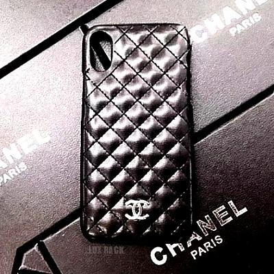 CHANEL QUILTED PHONE CASE