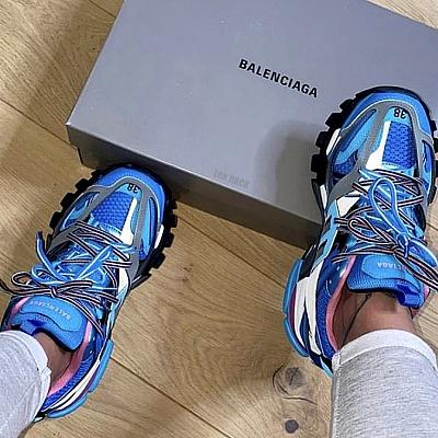BALENCIAGA TRACK SNEAKER - (Styles Available)