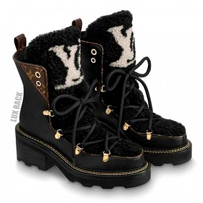 LOUIS VUITTON FUR BEAUBOURG ANKLE BOOT